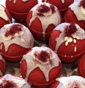 RED VELVET CAKE BATH MELT BOMB